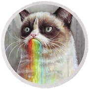 Grumpy Cat Tastes The Rainbow Round Beach Towel