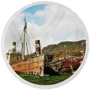 Grytviken Ghosts Round Beach Towel