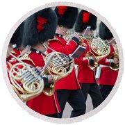 guards band at Buckingham palace Round Beach Towel