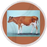 Guernsey Cow Standing Light Teal Background Round Beach Towel