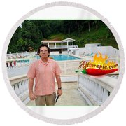Hacienda Bajo Las Estrellas Round Beach Towel