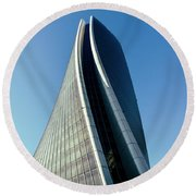 Hadid Tower, Milan, Italy Round Beach Towel