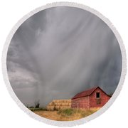 Hail Shaft And Montana Barn Round Beach Towel