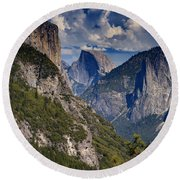 Half Dome And El Capitan Round Beach Towel