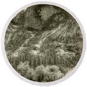 Half Dome Over Mirror Lake Round Beach Towel