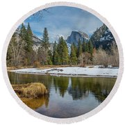 Half Dome Vista Round Beach Towel