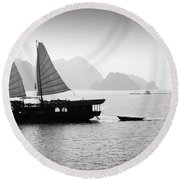 Halong Bay Black And White Round Beach Towel