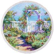 Hamptons Summer Garden Round Beach Towel