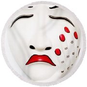 Hand On Face Mask  Round Beach Towel