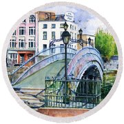 Ha'penny Bridge Dublin Round Beach Towel