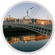 Ha'penny Bridge Round Beach Towel