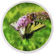 Happy Swallowtail Butterfly Round Beach Towel