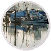 Harbour Fishboats Round Beach Towel