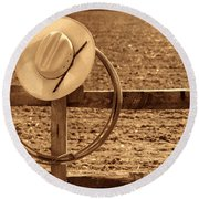 Hat And Lasso On A Fence Round Beach Towel