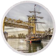 Hawaiian Chieftain   Round Beach Towel