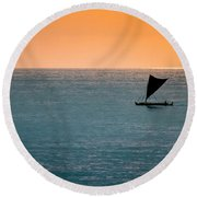Hawaiian Outrigger Canoe Round Beach Towel