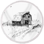 Hay Barn With Broken Gate Round Beach Towel