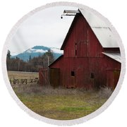 Hayfork Red Barn Round Beach Towel