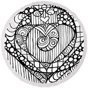Heart Crown Tangle Round Beach Towel