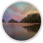 Heceta Head Lighthouse Foggy Sunset Round Beach Towel