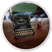 Hemingways' Cuba Typewriter No. 6 Round Beach Towel