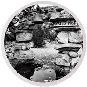 Hermit's Rest, Black And White Round Beach Towel