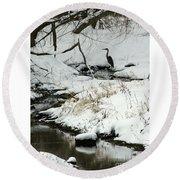 Heron In Winter Round Beach Towel