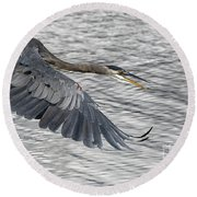 Heron In Full Flight Round Beach Towel