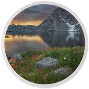 High Mountain Morning In Idaho Round Beach Towel