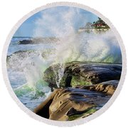 High Tide On The Rocks Round Beach Towel