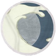 High Waves Round Beach Towel
