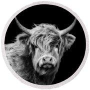 Highland Cow Portrait Round Beach Towel