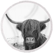 Highland Cow Mono Round Beach Towel