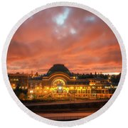 History On Fire Round Beach Towel