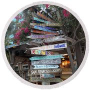 Hogfish Bar And Grill Directional Sign Round Beach Towel