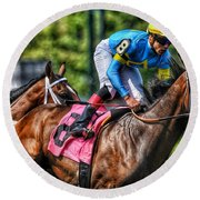 Holiday Bonus W Irad Ortiz,jr Round Beach Towel