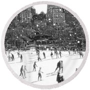 Holiday Skaters Round Beach Towel
