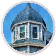 Home In Winthrop By The Sea Round Beach Towel