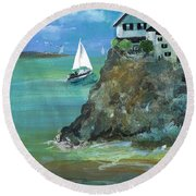 Home Overlooking The Sea Round Beach Towel