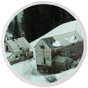 Homes In The Valley Round Beach Towel