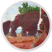 Round Beach Towel featuring the painting Hopewell Rocks2 by Linda Feinberg
