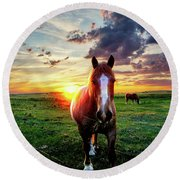 Horses At Sunset Round Beach Towel