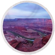 Round Beach Towel featuring the photograph Horseshoe Bend At Dawn by Marie Leslie