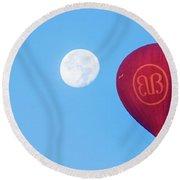 Hot Air Balloon And Moon Round Beach Towel