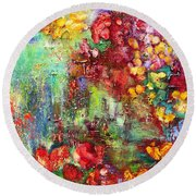 House In The Garden Round Beach Towel