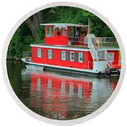 Houseboat On The Mississippi River Round Beach Towel by Teresa Zieba