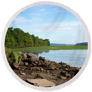 Round Beach Towel featuring the photograph Hudson River In Summer 2016 by Jeff Severson