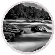 Round Beach Towel featuring the photograph Hudson River Solice by Darleen Stry