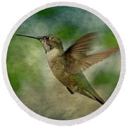 Hummingbird In Flight II Round Beach Towel