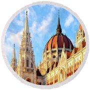 Round Beach Towel featuring the photograph Hungarian Parliament Building by Fabrizio Troiani